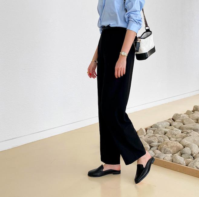 スリッパローファーを使った韓国ファッション