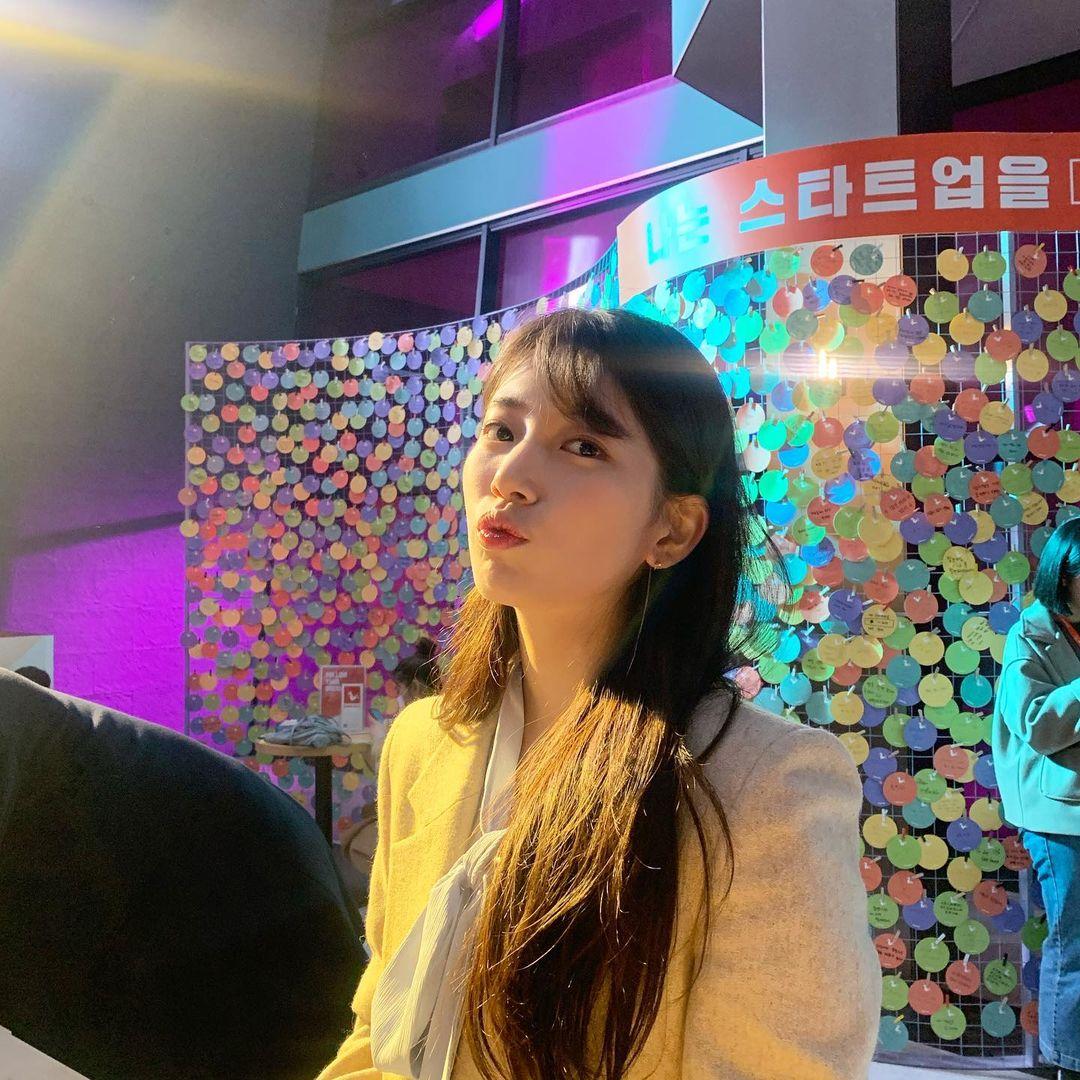韓国 ストレートにおすすめの前髪1