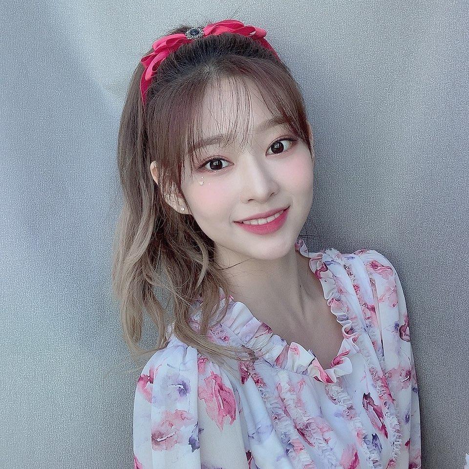 韓国 ポニーテールにおすすめの前髪2
