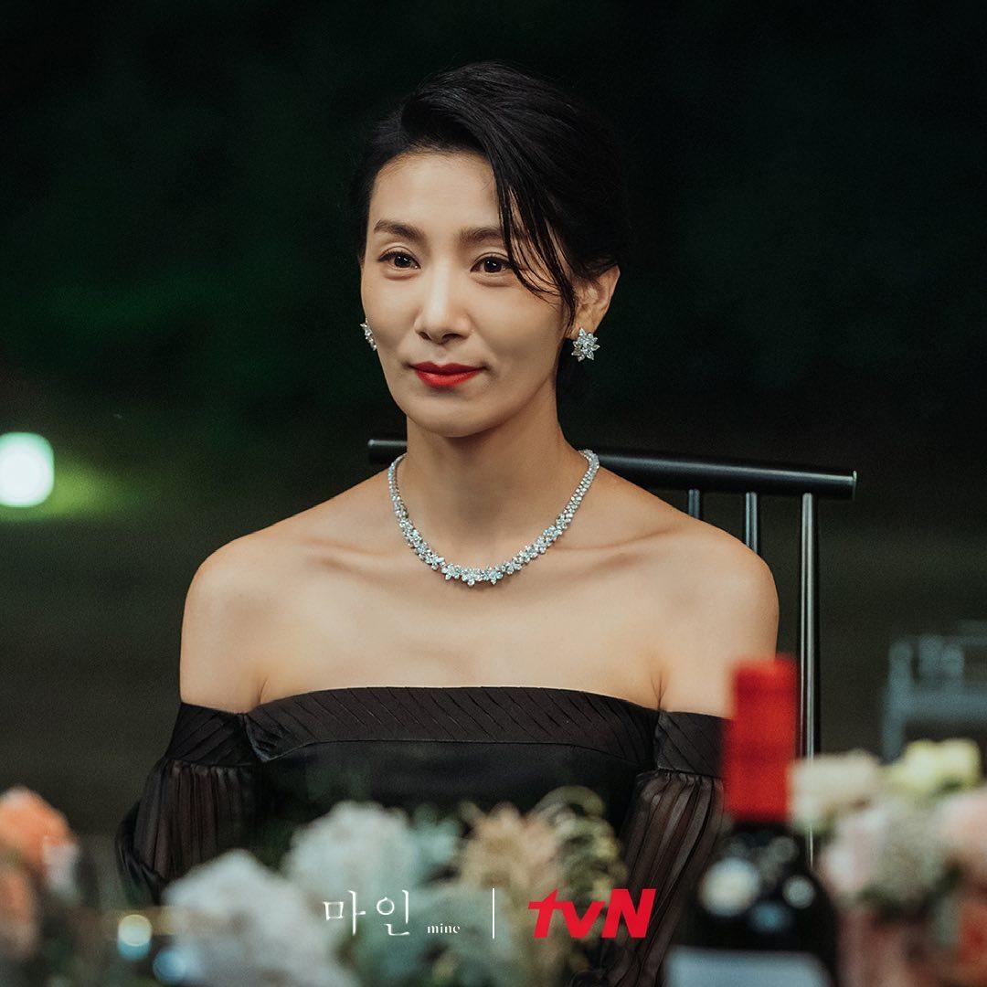 韓国ドラマ「mine」ファッション4